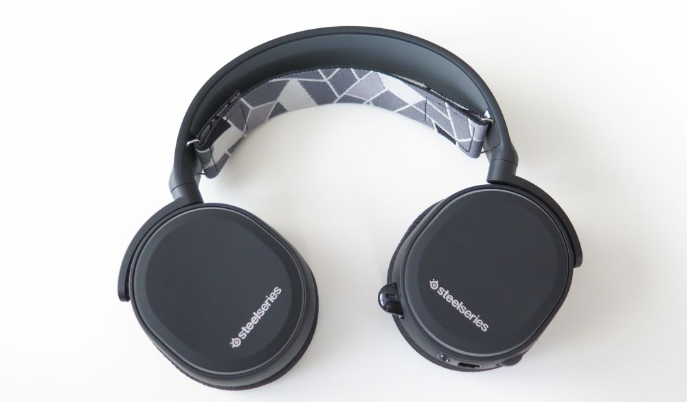 SteelSeries Arctis3 fold