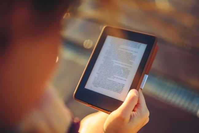 Elektronické knihy naberajú na popularite