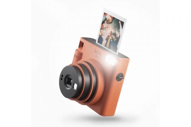 Fujifilm má nový instantný fotoaparát SQUARE SQ1