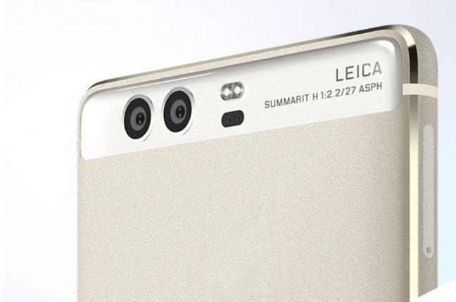Smartfónový boom dobieha aj na digitálne fotoaparáty